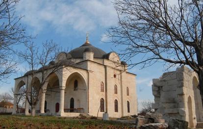 Η Εκκλησία Κοιμήσεως της Θεοτόκου στο χωριό Uzundzhovo