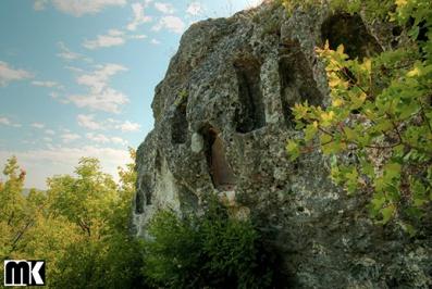 Πέτρινες κόγχες κοντά στο χωριό Neofit Bozvelievo
