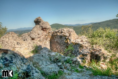 Μεσαιωνικό φρούριο Asara - χωριό Zvezdel