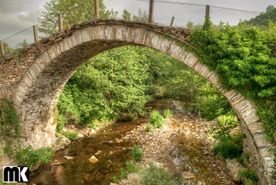 Παλιές γέφυρες - χωριό Shumnatitsa