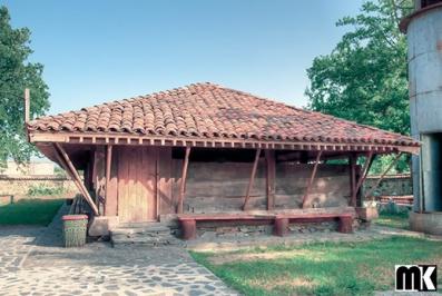 Τζαμί των επτά κοριτσιών - χωριό Πόντκοβα