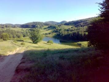 Πολύ μικρό φράγμα στο χωριό Davidkovo
